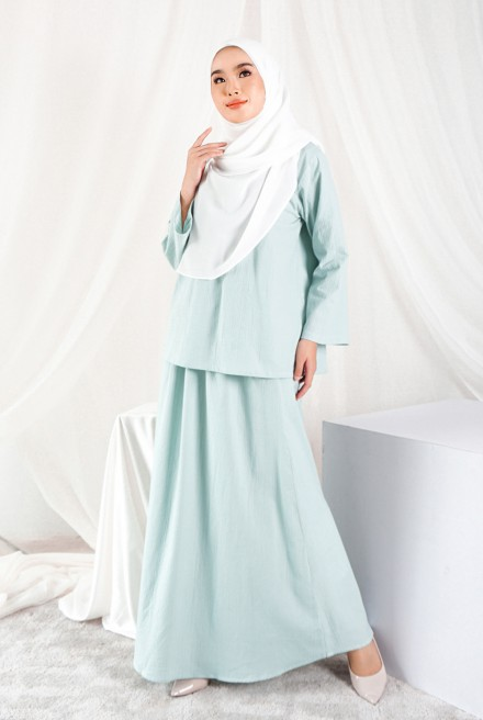 Nomi Set in Mint Blue